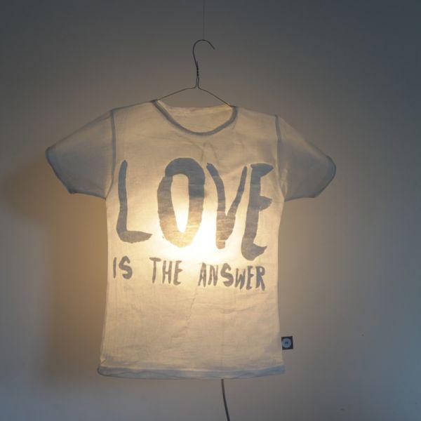 "T-Shirt Lampe ""Love"""